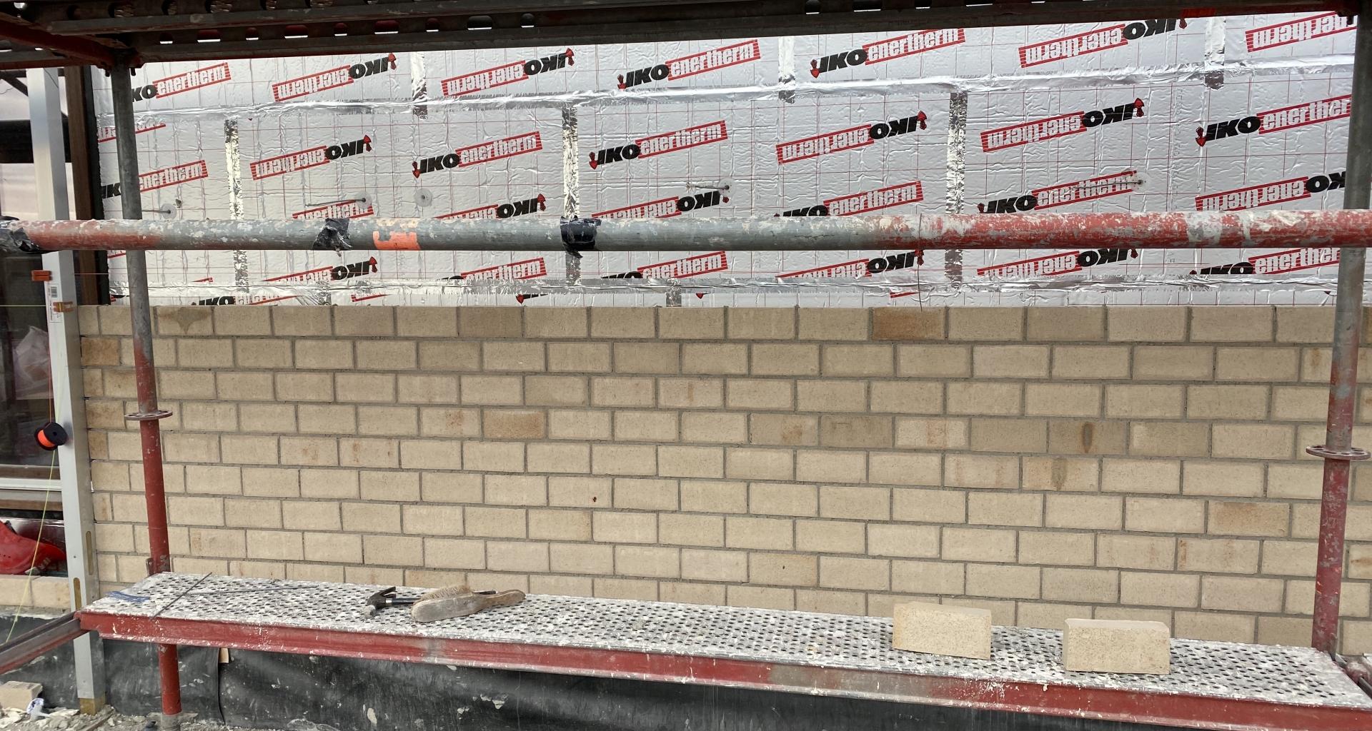 Facade brick work